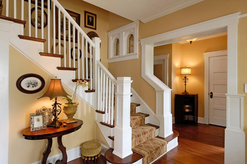 56 Beautiful And Luxurious Foyer Designs-26