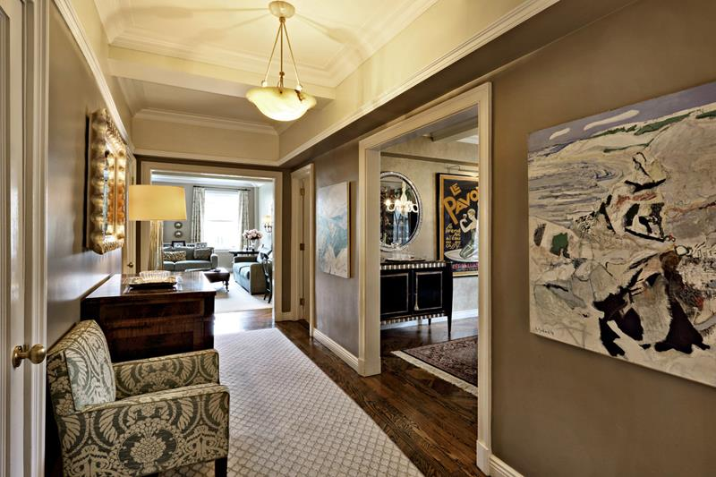 56 Beautiful And Luxurious Foyer Designs-30