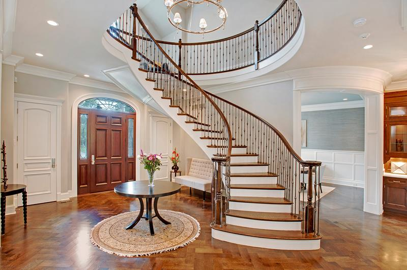 56 Beautiful And Luxurious Foyer Designs-38