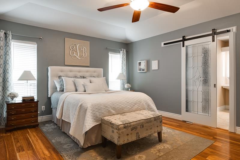 70 Custom Master Bedrooms-37