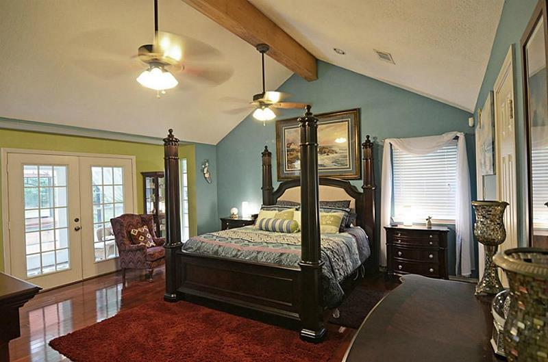 70 Custom Master Bedrooms-62