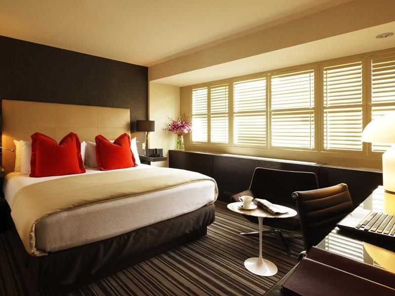 70 Custom Master Bedrooms-64