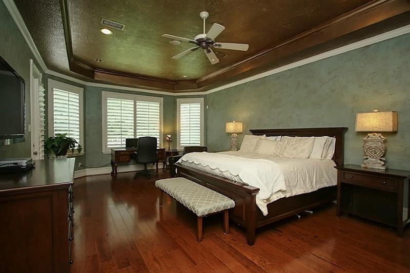 70 Custom Master Bedrooms-69