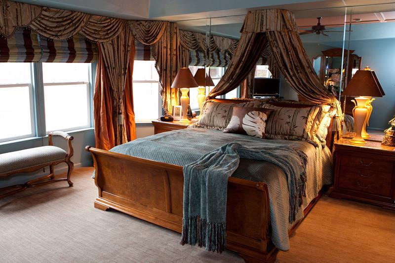 70 Custom Master Bedrooms-8