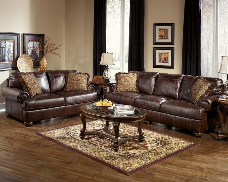 22 Living Rooms With Leather Furniture-title