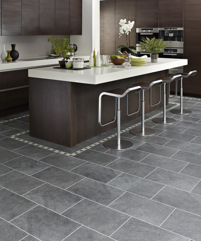 22 Stunning Kitchens With Tile Floors-18