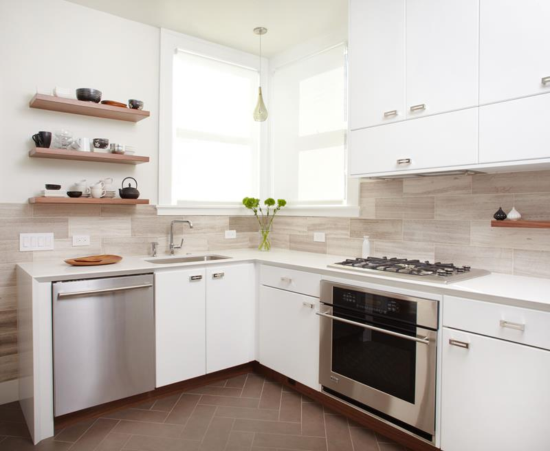 22 Stunning Kitchens With Tile Floors-20