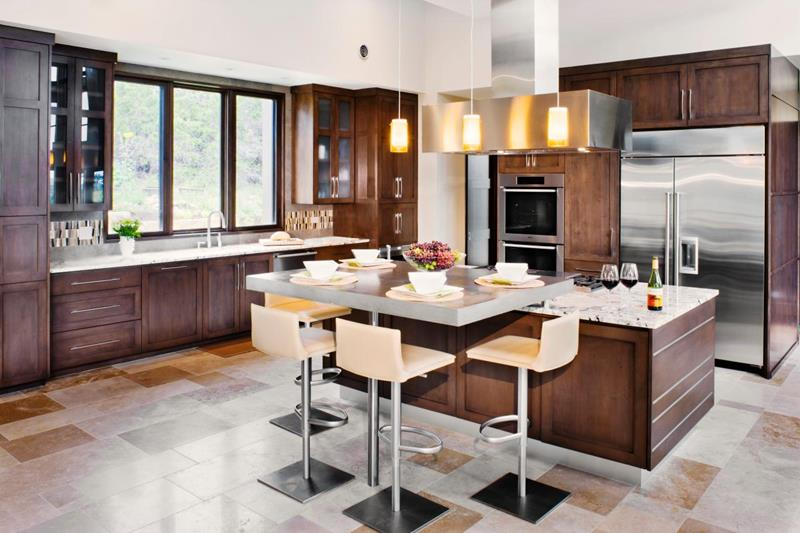 22 Stunning Kitchens With Tile Floors-21
