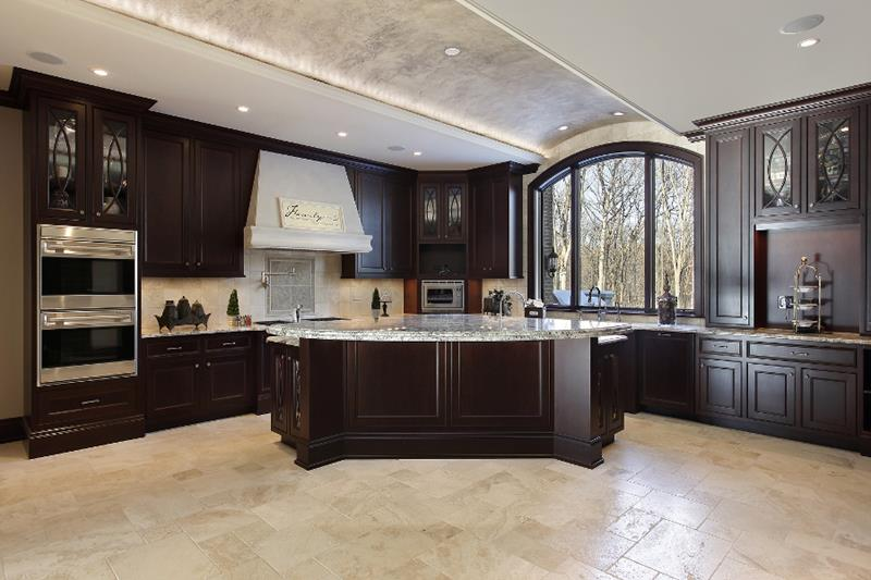 22 Stunning Kitchens With Tile Floors-4