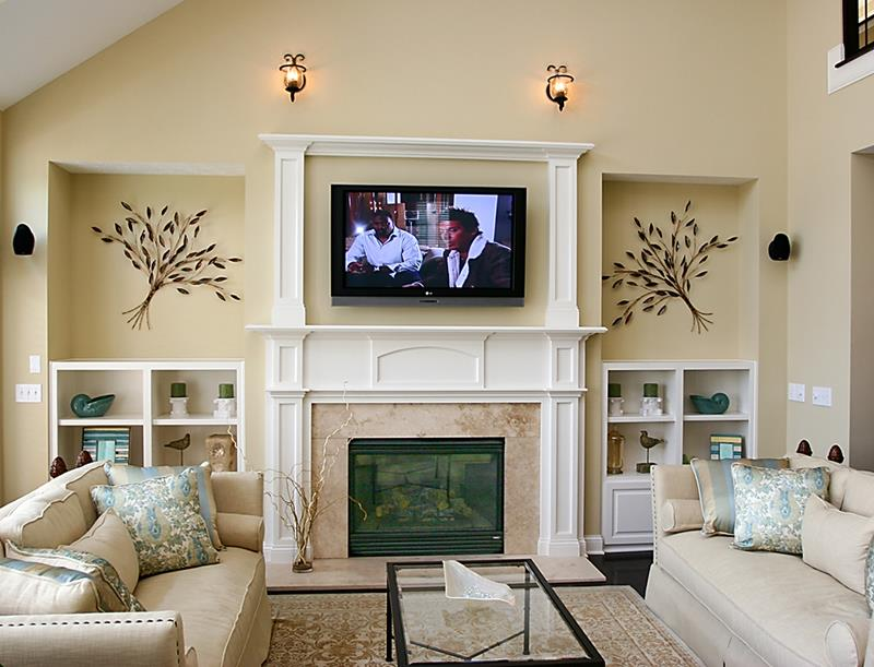 23 Living Room Designs With Fireplaces-6