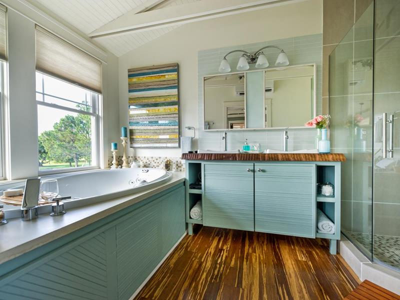23 Spa Style Master Bathrooms-21
