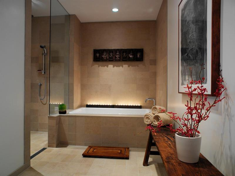 23 Spa Style Master Bathrooms-4