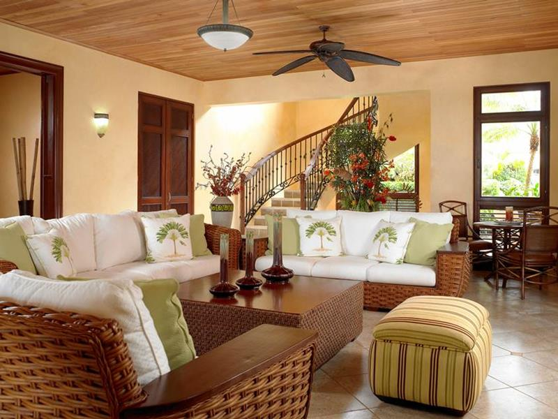 23 Traditional Living Rooms-16