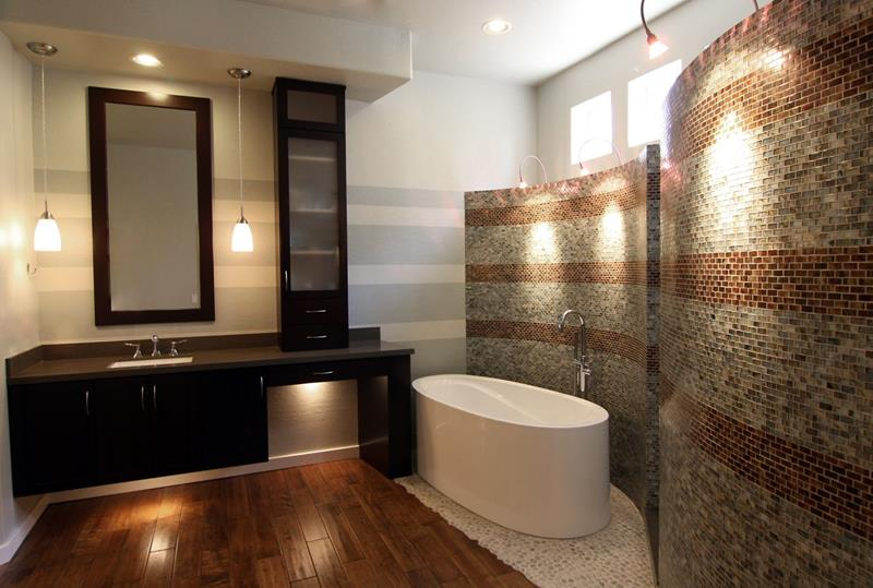 24 Beautiful Master Bathrooms-2