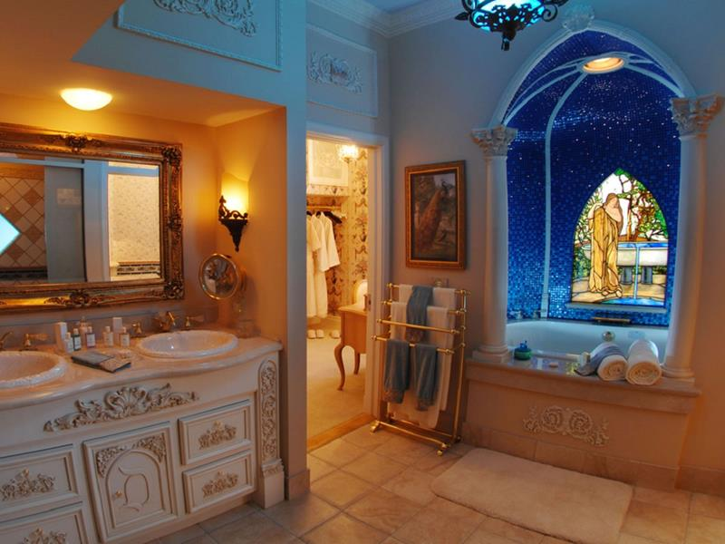 24 Beautiful Master Bathrooms-21