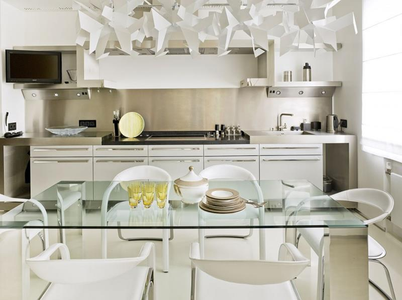 25 Beautiful Kitchens with Dining Tables-2