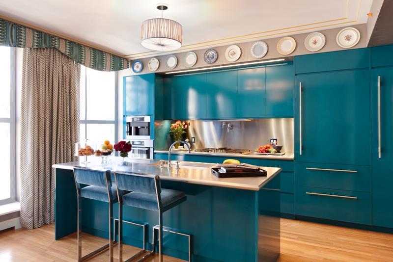 25 Elegant Kitchens with Hardwood Floors-20
