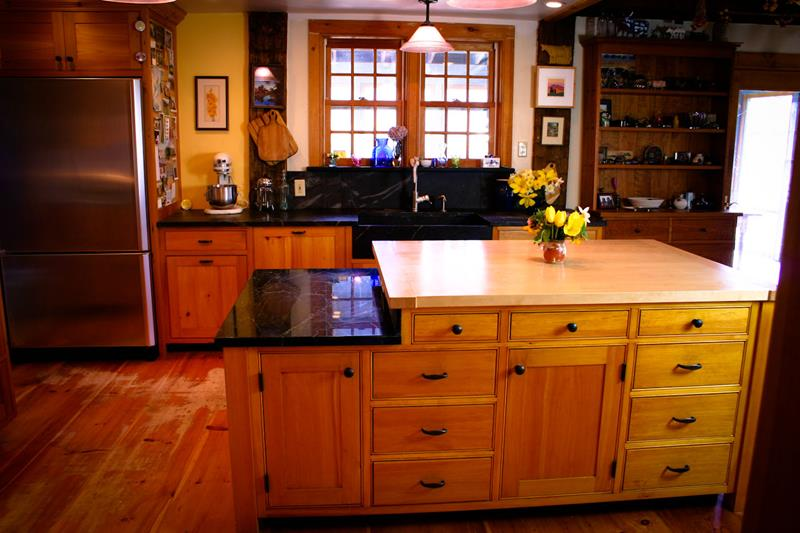 25 Farmhouse Style Kitchens-15