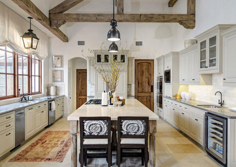 25 Farmhouse Style Kitchens-title