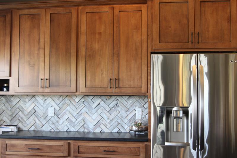 25 Kitchen Backsplash Design Ideas-16