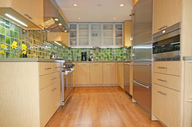 25 Kitchen Backsplash Design Ideas-19