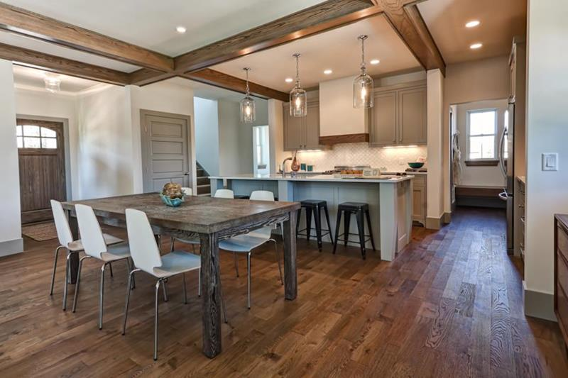 25 Kitchens With Hardwood Floors-2