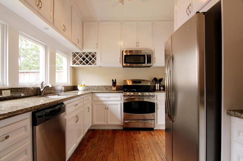 25 Kitchens With Stainless Steel Appliances-2