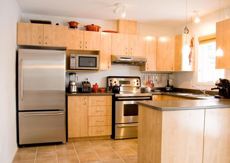 25 Kitchens With Stainless Steel Appliances-5