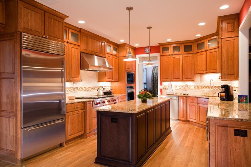 25 Kitchens With Stainless Steel Appliances-title
