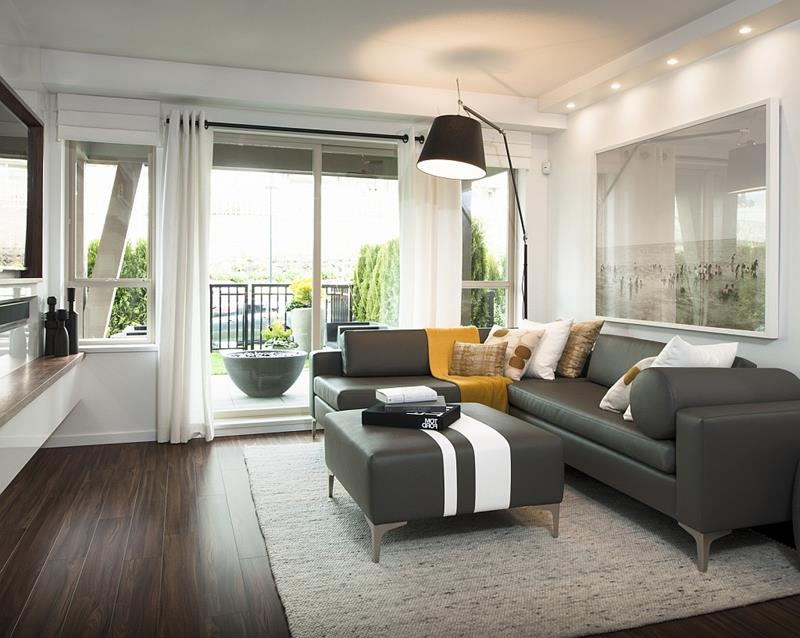25 Living Rooms With Hardwood Floors-2