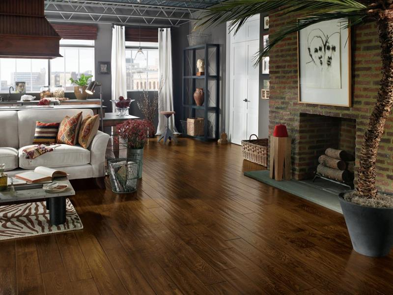 25 Living Rooms With Hardwood Floors-5