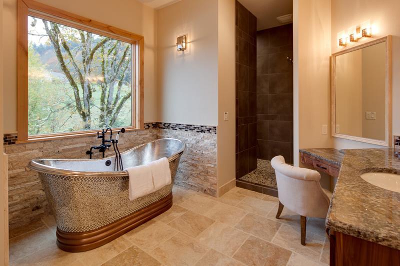 25 Luxury Walk In Showers-23