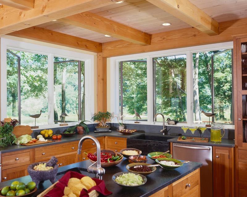 25 Stunning Kitchens with Big Windows-7