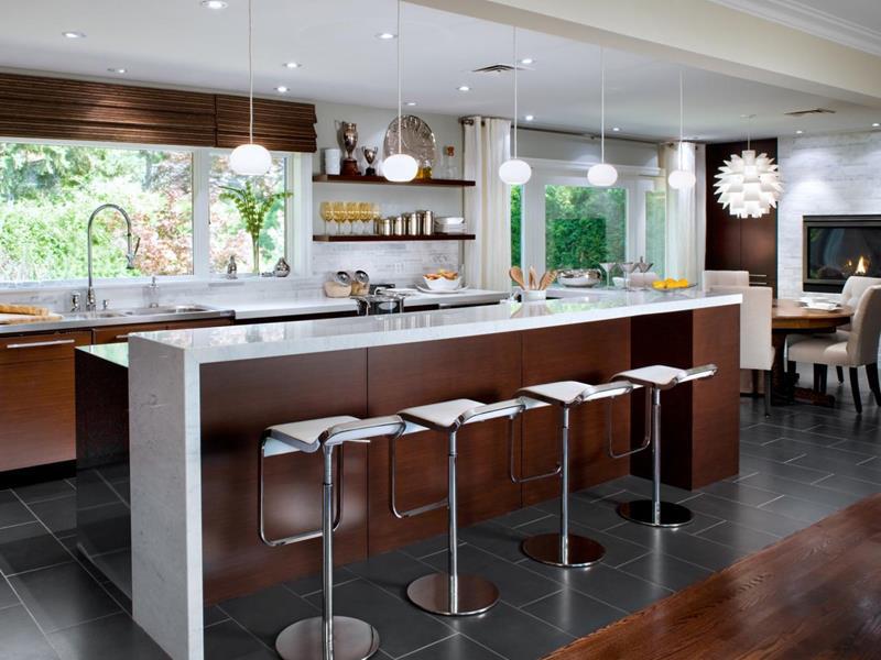 25 Stunning Kitchens with Big Windows-title