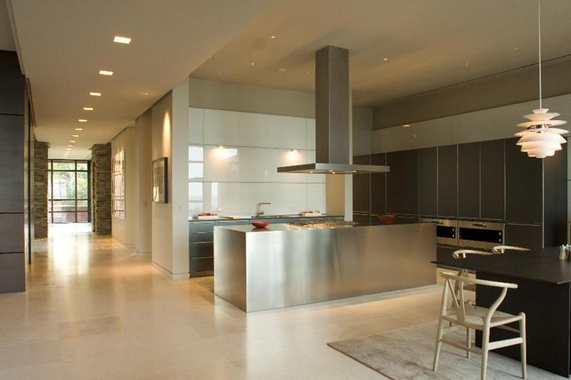 25 Windowless Kitchen Design Ideas-12