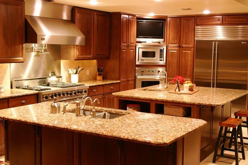 25 Windowless Kitchen Design Ideas-20