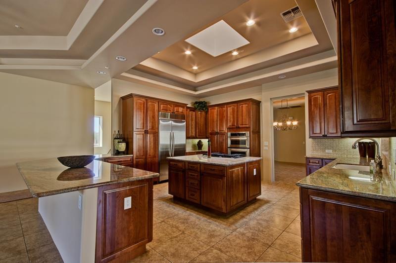 25 Windowless Kitchen Design Ideas-22