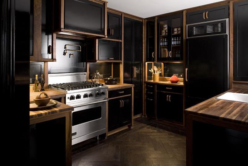25 of the Hottest Kitchen Noir Designs-1