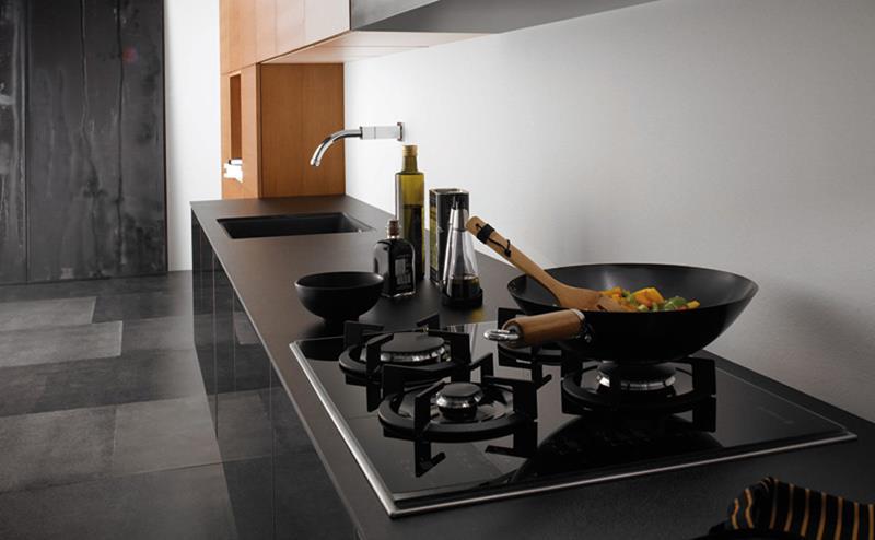 25 of the Hottest Kitchen Noir Designs-17
