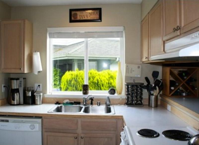20 Pictures of Before and After Kitchen Makeovers With Cost-13