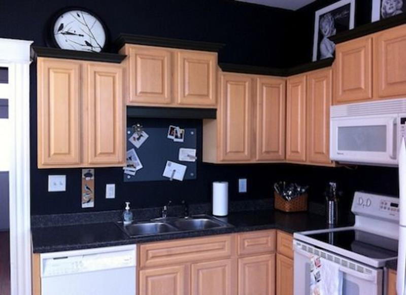 20 Pictures of Before and After Kitchen Makeovers With Cost-5