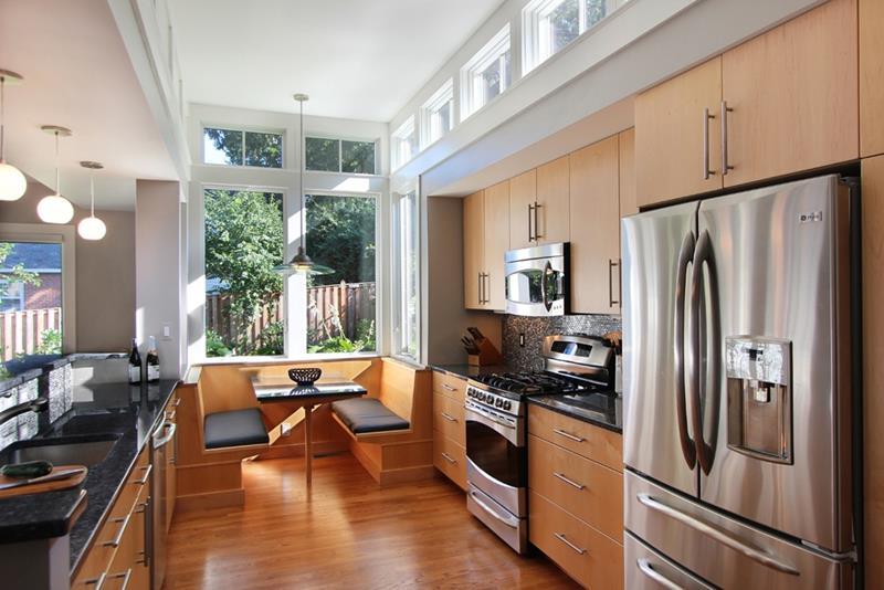 23 Amazing Built In Kitchen Nooks-12