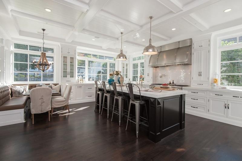 23 Amazing Built In Kitchen Nooks-16