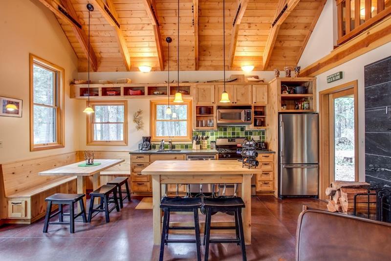 23 Amazing Built In Kitchen Nooks-2