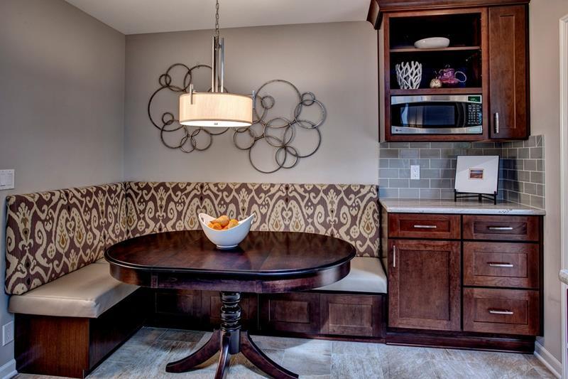 23 Amazing Built In Kitchen Nooks-21