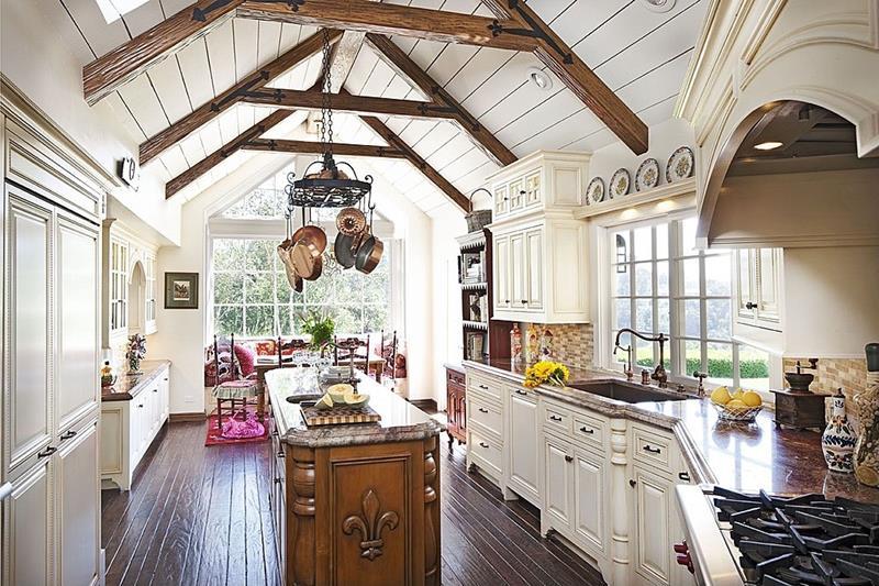 23 Amazing Built In Kitchen Nooks-5
