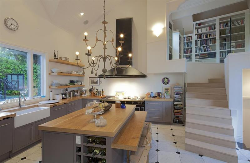 24 Kitchens with Jaw Dropping Cathedral Ceilings-3