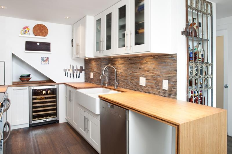 25 Kitchens with Stunning Wood Counters-20