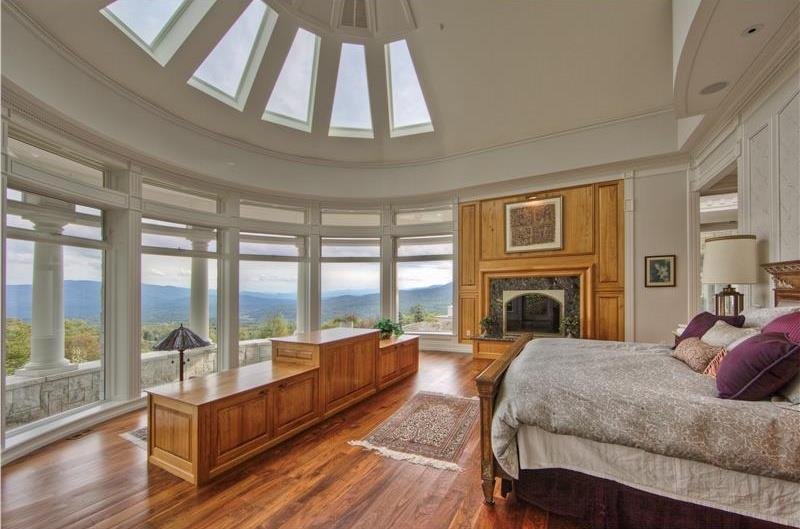 25 Master Bedrooms with a View-10