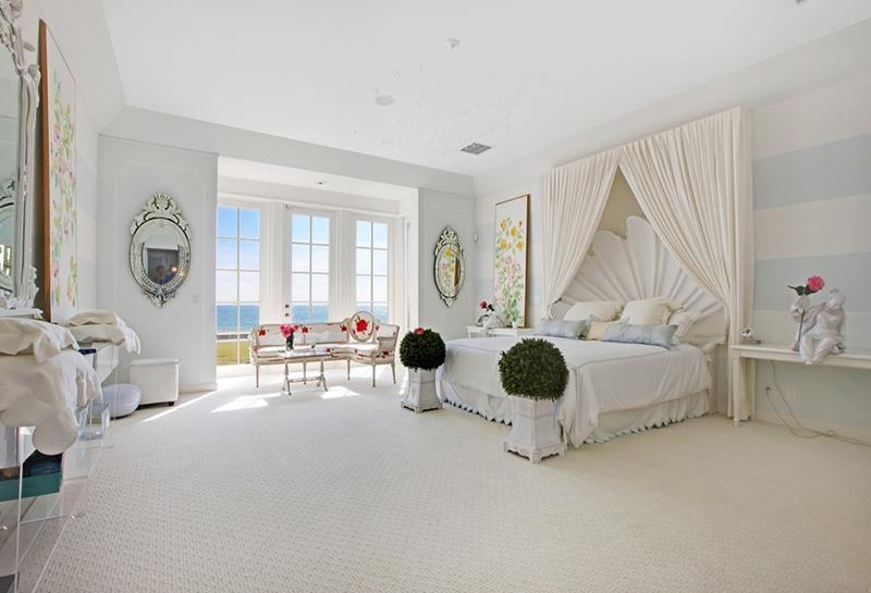 25 Master Bedrooms with a View-19